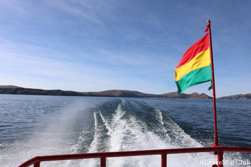 チチカカ湖を遊覧