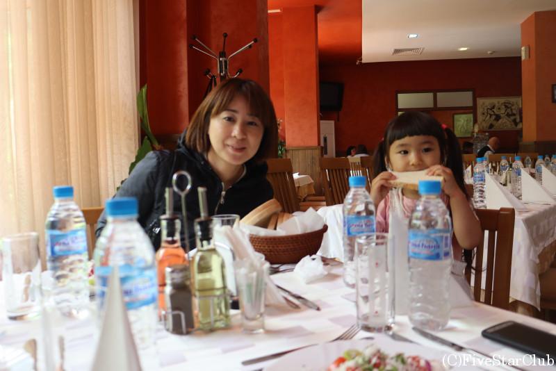 ブルガリア料理レストランにてランチ