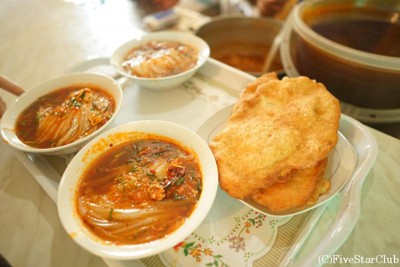 地元の人々に人気の食堂「ASH LYANFU」
