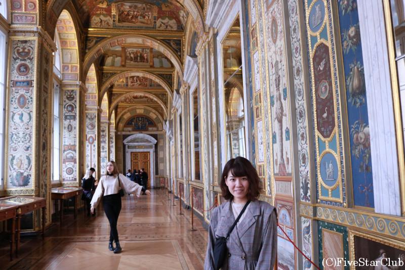 エルミタージュ美術館 細やかな装飾が美しいラファエロの回廊