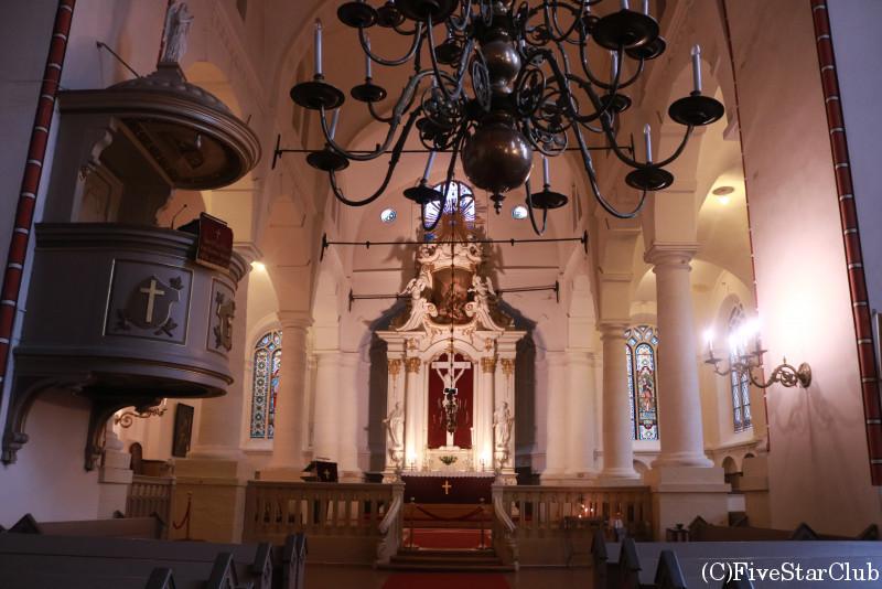 聖ヨハネ教会内部