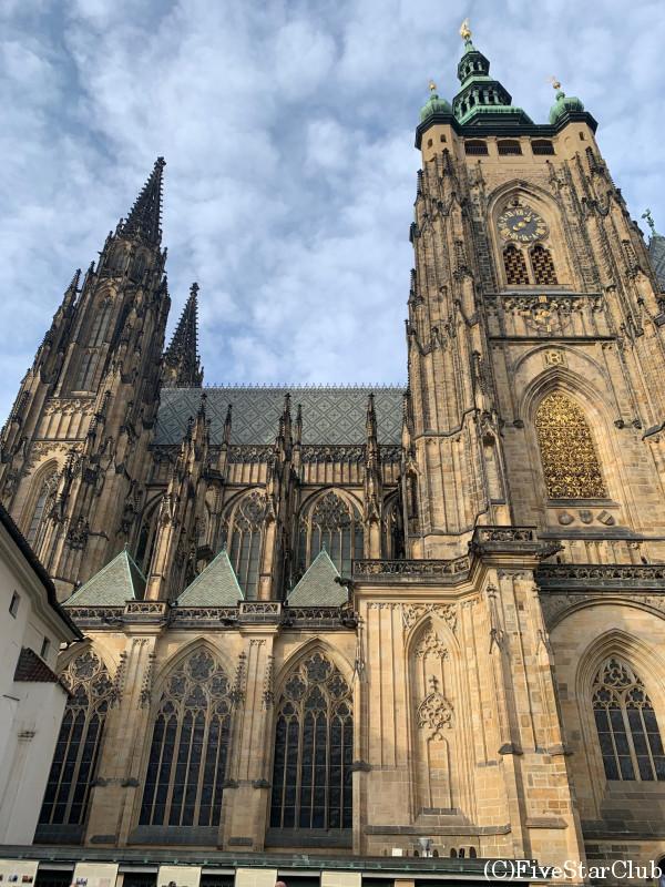 聖ヴィート大聖堂と火薬塔