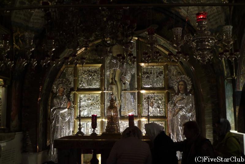 聖墳墓教会 イエスの十字架