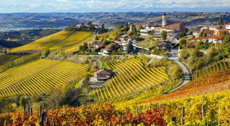 ルケワインの村