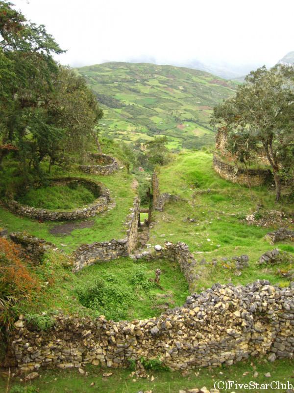 クエラップ遺跡の建築群