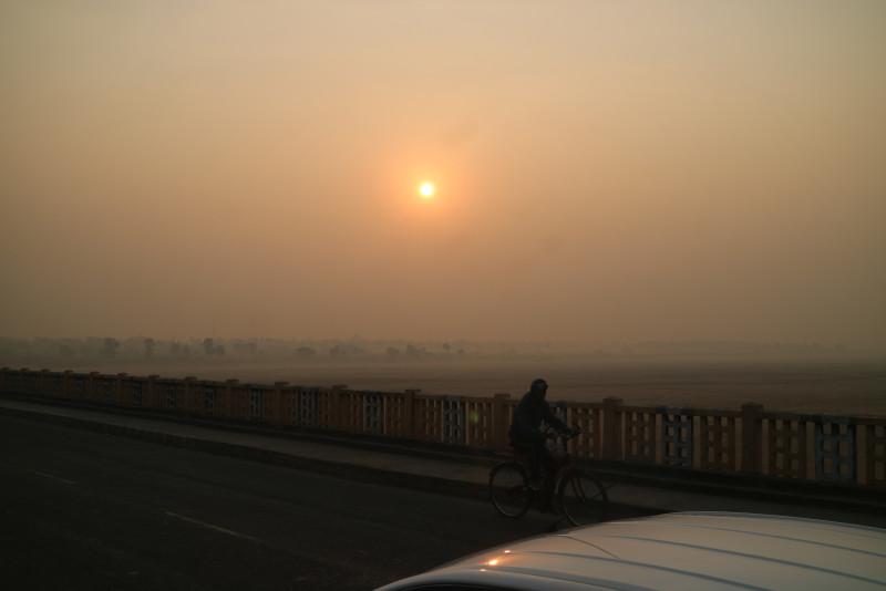 尼連禅河にかかる橋
