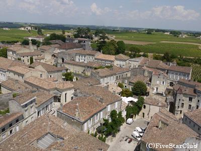 モノリス教会の塔から見えるサンテミリオンの景色(サンテミリオン)