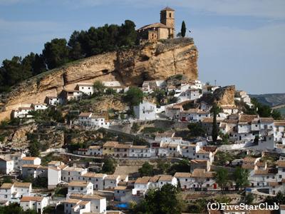 素朴なアンダルシアの白い村モンテフリオ(モンテフリオ)