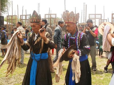 ガーレ村の伝統舞踊(ガーレ村)