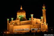 ライトアップされたオールドモスク