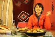 砂漠でキャンプ (サハラ砂漠)