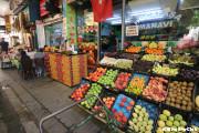 イスタンブールのフルーツ屋さんにて