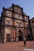 世界遺産のゴアには植民地時代の教会が残っている