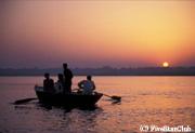 ガンジス河の夜明け