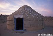 ウズベキスタンではパオではなくユルタと呼ぶ