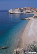 ドブロヴニクはアドリア海に面した美しい古都