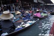 ダムナンサドワクの水上マーケット (バンコク)