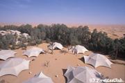 サハラ砂漠の真ん中に豪華テントロッジがあるホテル パンシー