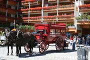 ツェルマットの町には馬車が走る