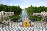 ペトロドヴァレッツの ピュートル 宮殿