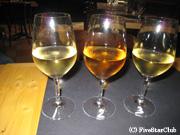 ワインを飲み比べ