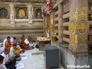 マハボディ寺院<大菩提寺> タイからの巡礼者