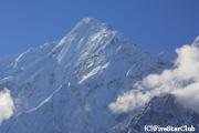 ジョムソン・マウンテン・リゾートから ニルギリ(7061m)を眺望する