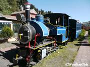 現存する最も古いトイトレインの機関車<グーム駅>