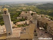 塔からのサンジェミニャーノの町を眺望する(サンジェミニャーノ)