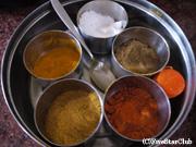 ネパール料理の基本スパイス(カトマンズ)