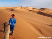 ラクダの揺られて砂漠のど真ん中へ(サハラ砂漠)