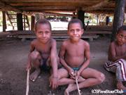 ビルビル村の子供たち(マダン)