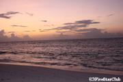 夕暮れのビーチ(セイシェル)