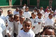 アスマラ大聖堂内・修道院の子供たち