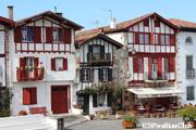 フランスで最も美しい村認定のアイノア村