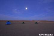 キャンプ地の早朝風景(タルヴァザ)