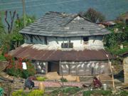 ガーレ村の伝統的な家