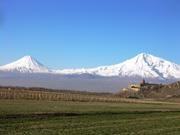 ヴィラップ修道院とアララト山