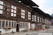 伝統的な建物が多くあるハの町(ハ)