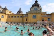 赤ちゃんと温泉体験(セーチェニ温泉)