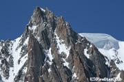 テレキャビンから臨むモンブラン・ドゥ・タクル(標高4,468m)
