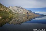 ジェニー湖畔とティートン山脈