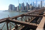 ブルックリンブリッジを歩く