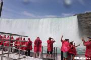 ナイアガラの滝の船